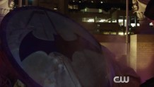 Elseworlds Promo Shows Off Batwoman, Arkham, and More