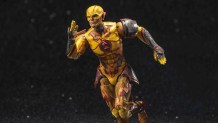 Reverse Flash speeds into the Hiya Toys Injustice 2 line